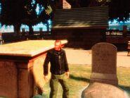 Niko meglátogatja Francis McReary sírkövét