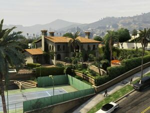 Michael's Mansionfront