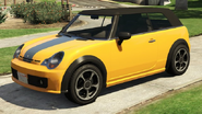 WeenyIssiTracey-Front-GTAV