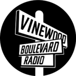 Vinewood Boulevard Radio (logo)