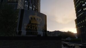 RichardsMajestic-GTAV-FrontSign