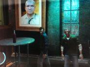 Niko és Packie részegen vedelnek egy ír kocsmában