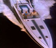 Miami-Vice-Tubbs-Crockett-Stinger-Boat