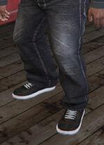 SubUrban (V - Czerwonawe buty skejtowskie)