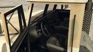 BarracksSemi-GTAV-Inside