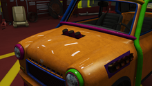 NightmareIssi-GTAO-HoledGrilleHood