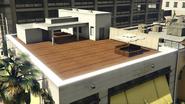 Gusset-GTAV-PortolaDr-RooftopLounge