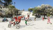SnowballFight-GTAO-FestiveSurprise2015