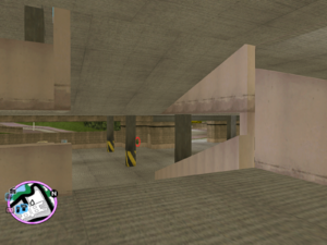 GTAVC HiddenPack 40 S.of S. Car Park Entrance of Vice Point Mall W