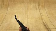 AK47-GTAV-Holding
