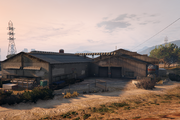 ElBurroHeights-GTAO-VehicleWarehouseExterior