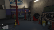 Unnamed-Male-Mechanic-GTAO-Warehouse Workshop