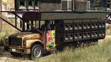 FestivalBus-GTAO-front-CrustyCruiserLivery
