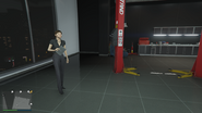 Unnamed-Female-Mechanic-GTAO-Workshop
