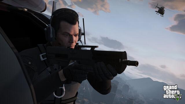 File:Michael aiming GTAV.jpg