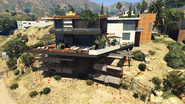 MadrazoHouse-Repair-GTAV
