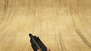 CarbineRifle-GTAV-Holding