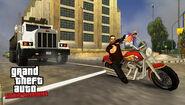 OfficialScreenshot-GTALCS-PSP22
