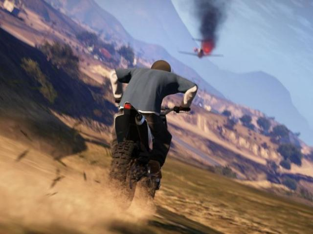 File:Beta-FranklinChasingPlaneCaidaLibre-GTAV-Screenshot.jpg