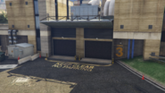 HumaneLabsAndResearch-GTAV-CryogenicsEntrance