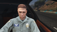 LSPD-GTAO-Pilot-DrivingLimoInExtradition