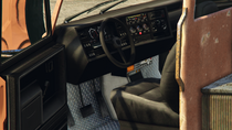Towtruck-GTAV-Inside