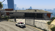 MadrazoHouse-FrontView-GTAV