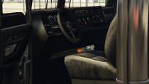 PounderCustom-GTAO-Inside
