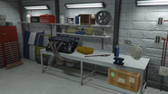 Benny'sOriginalMotorWorks-GTAO-WorkTable2