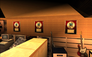 VRockRecordingStudio-GTAVC-Interior-GoldRecords