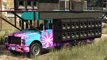 FestivalBus-GTAO-front-PartyInMyBusLivery