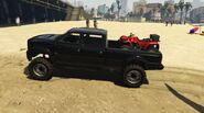 Sandking-Loaded-with-Blazer-GTAV-PS4