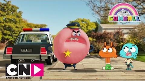 Dans la voiture de police Le monde incroyable de Gumball Cartoon Network