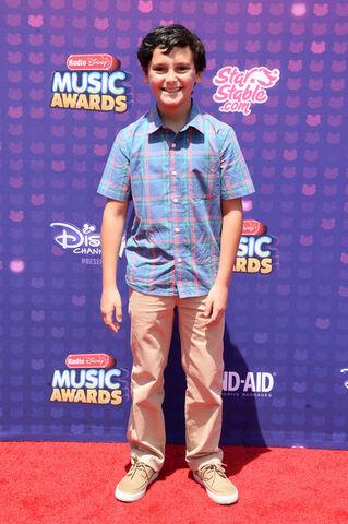 File:Nicolas+Cantu+2016+Radio+Disney+Music+Awards+FGnpGyOJga1l.jpg