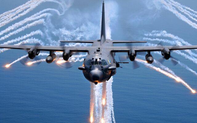 File:1280 Lockheed AC-130.jpg