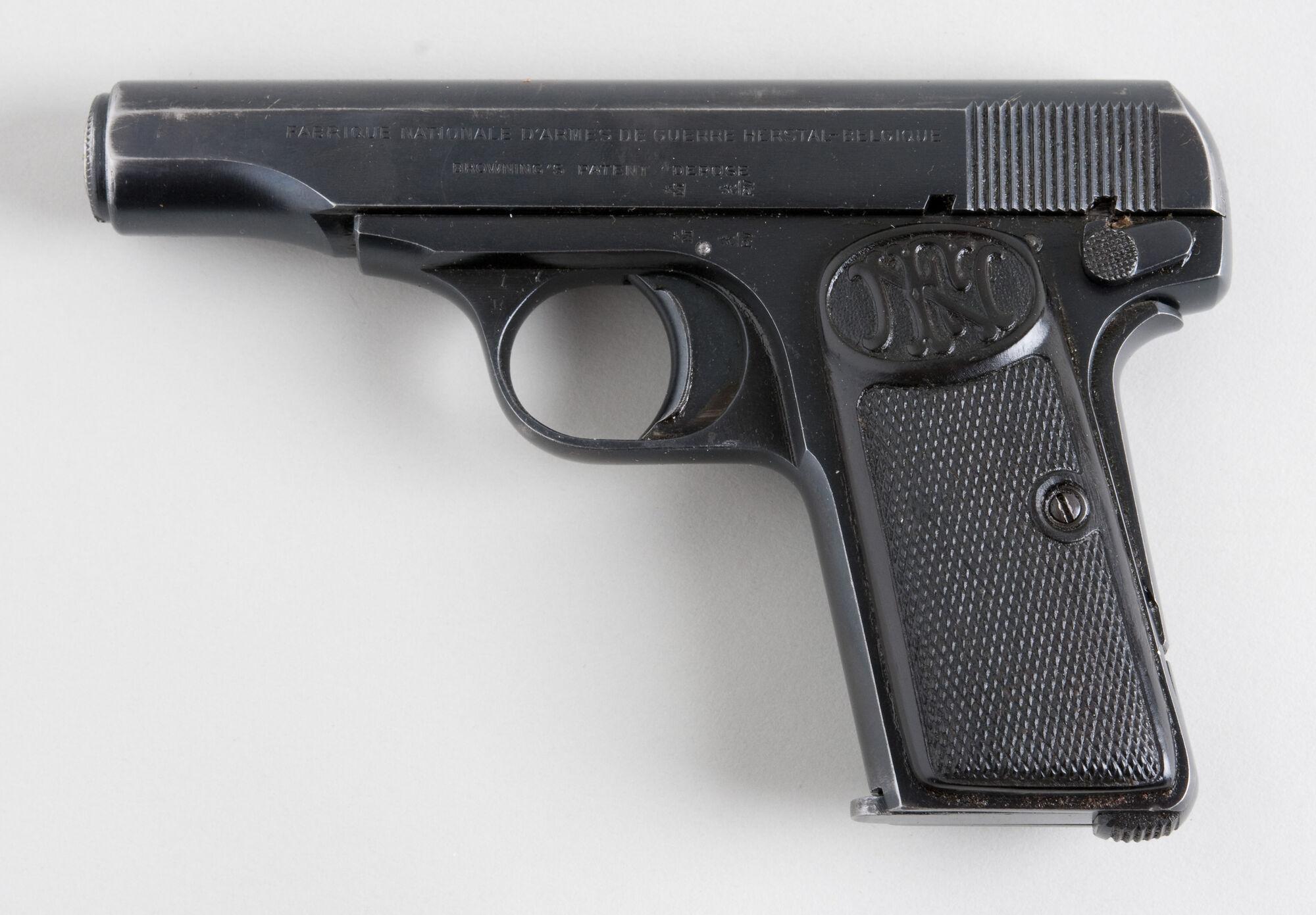 Cybergun FN 5-7 Five-Seven TAN - CO2 GBB - Pull The Trigger