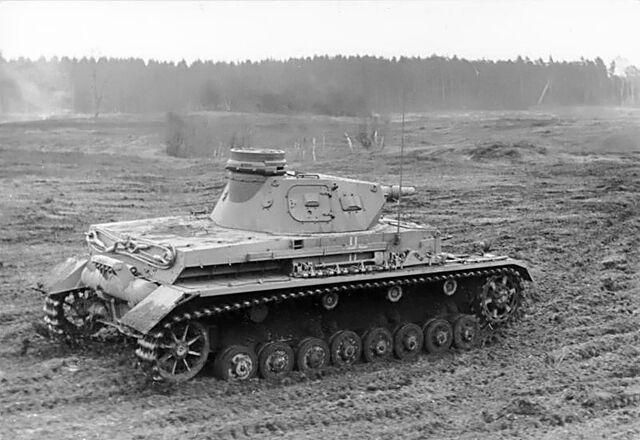 File:Bundesarchiv Bild 101I-124-0211-18, Im Westen, Panzer IV.jpg