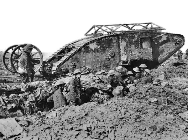British Mark I male tank Somme 25 September 1916