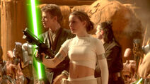Padme-during-the-battle-of-geonisis1
