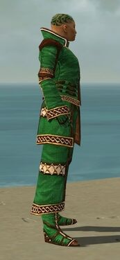 Monk Elite Kurzick Armor M dyed side alternate