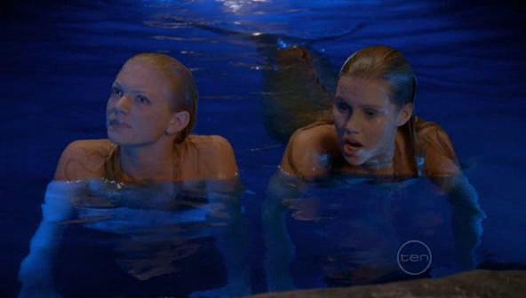 File:Rikki And Emma (6).jpg