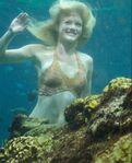 3x26 riki Swimming