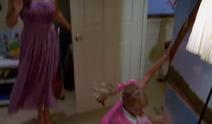 1x17 Cleo's look to dance 2