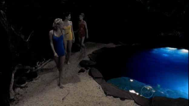 File:50s Mermaids At Moon Pool.jpg