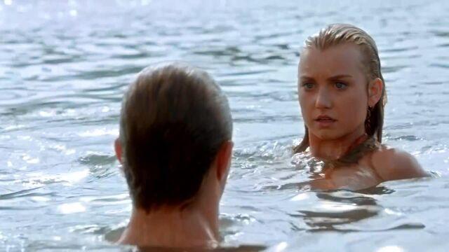 File:Ondina surprised to see Erik as a merman.jpg