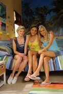 Rikki, cleo and emma at cleo's bedroom (decorate season 3)