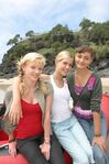 1x01 phoebe, cariba and claire