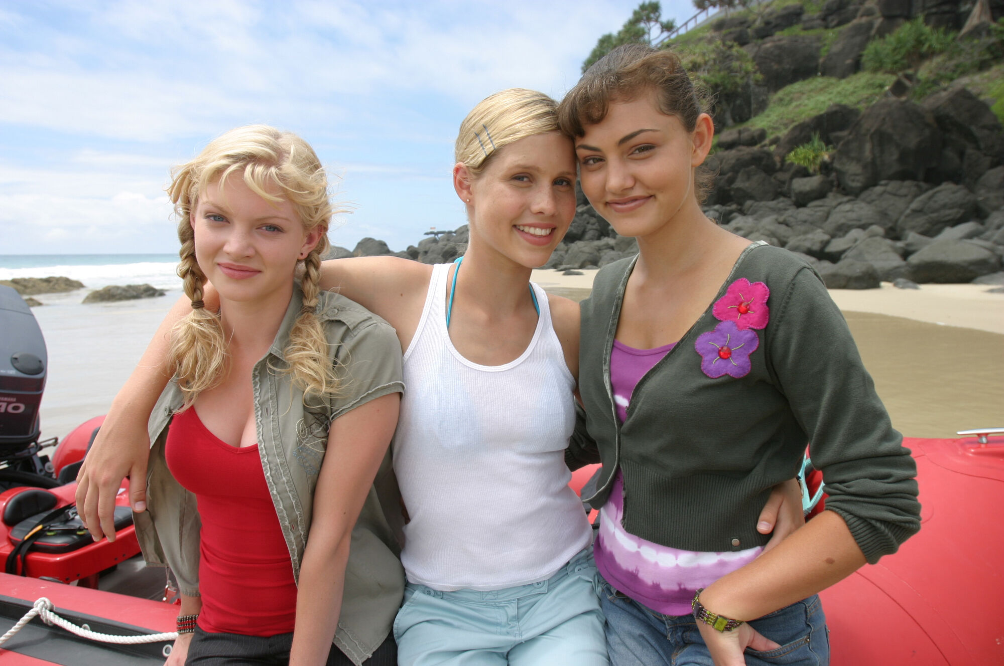 Image rikki emma and cleo at h2o just add for H2o just add water season 3 episode 1