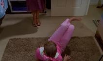 1x17 Cleo's look to dance 3