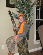 Kid-hunting-halloween-costume